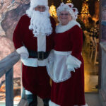 Rogue Winterfest 2016 Golden Social Mr. and Mrs. Claus