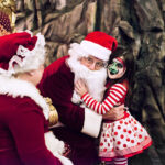 Rogue Winterfest 2016 Weekend Holiday Events Mr and Mrs. Claus with Cloe