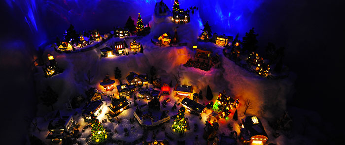 Christmas Night Scene